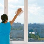 cum-sa-cureti-geamurile-cu-otet-1_size1